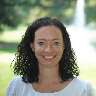 Elizabeth Resmer | Contract Recruiter