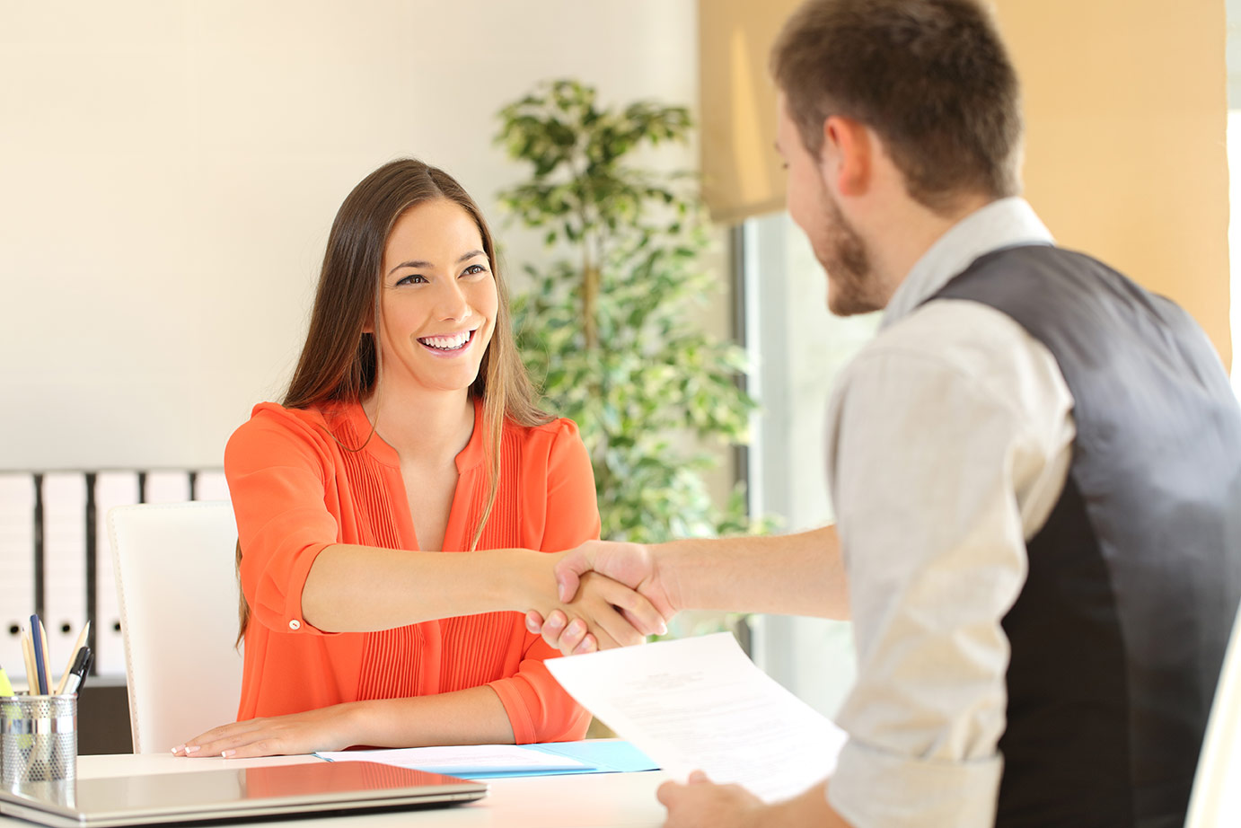 How to Hire in a Candidate's Market   Pivotal Talent Search